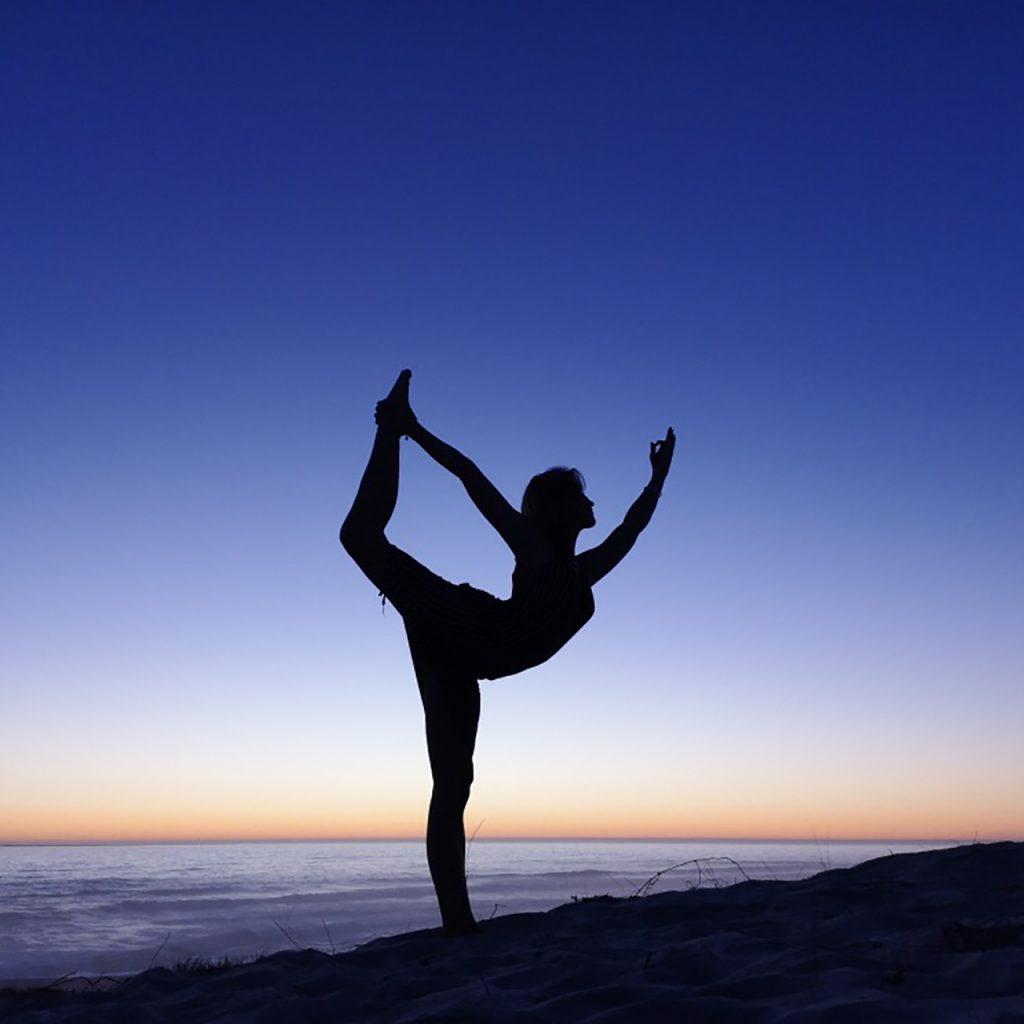 Dancer pose-Sharni Quinn blog image